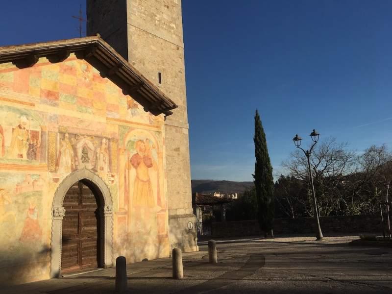 Luoghi da visitare in Friuli, La Chiesa dei Santi Pietro e Biagio a Cividale: gli affreschi e la facciata