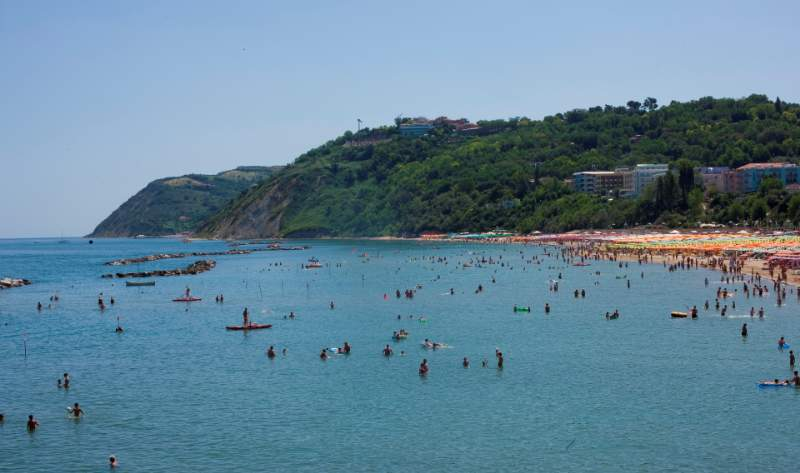 Gabicce: cinque motivi per passare le vacanze fra mare e colline