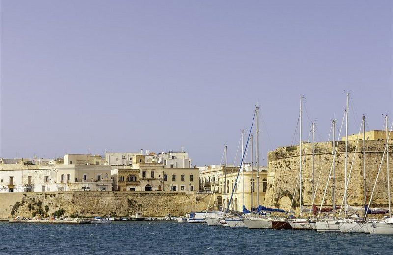 gallipoli-citta-bella-vista-porto_800x538