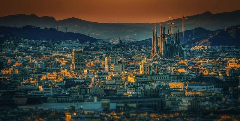 cosa fare e vedere a Barcellona in 4 giorni_800x406